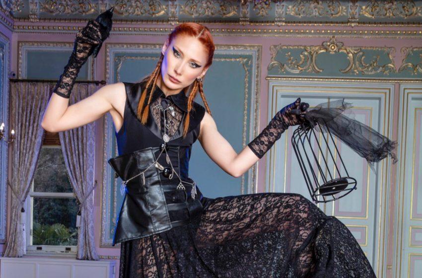 2022 Modasında 'Cadılar Meclisi'