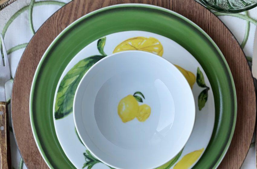 Limon Kokusunda Sofralar